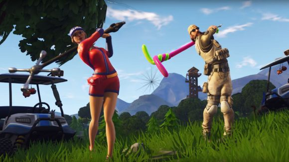 Fortnite hit a golf ball from tee to green on different holes