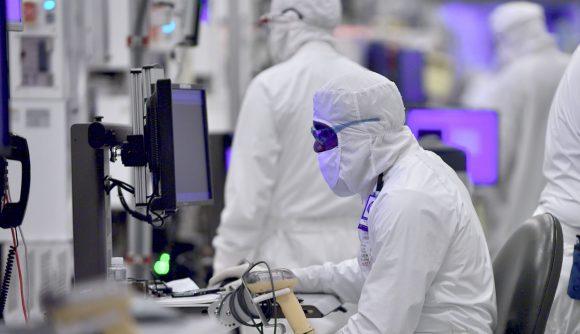 Intel 14nm manufacturing
