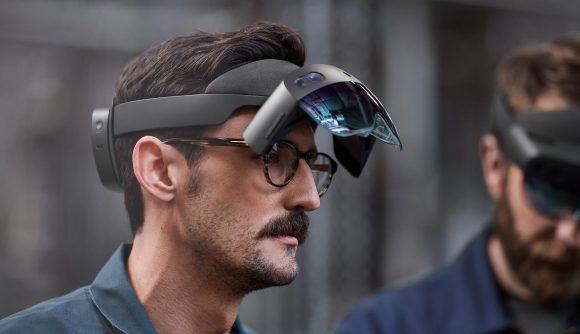 HoloLens 2 ergonomics