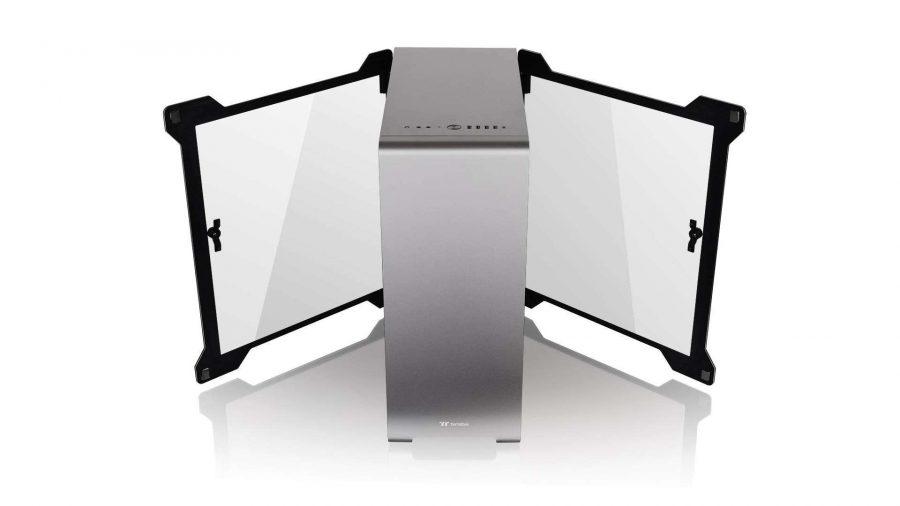Thermaltake A500 TG doors
