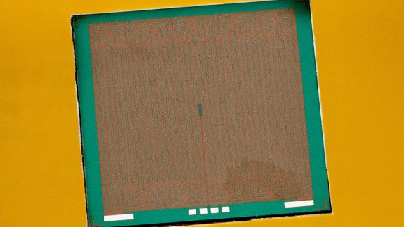 imec chip cooler close-up microchannel