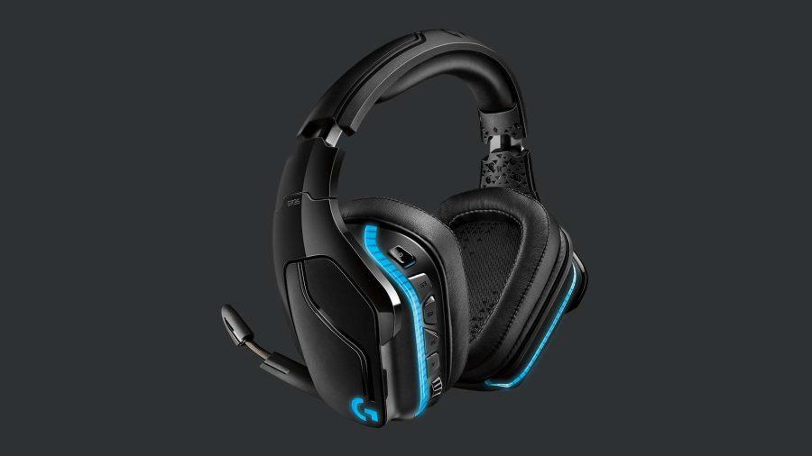 Logitech G935 gaming headset LED