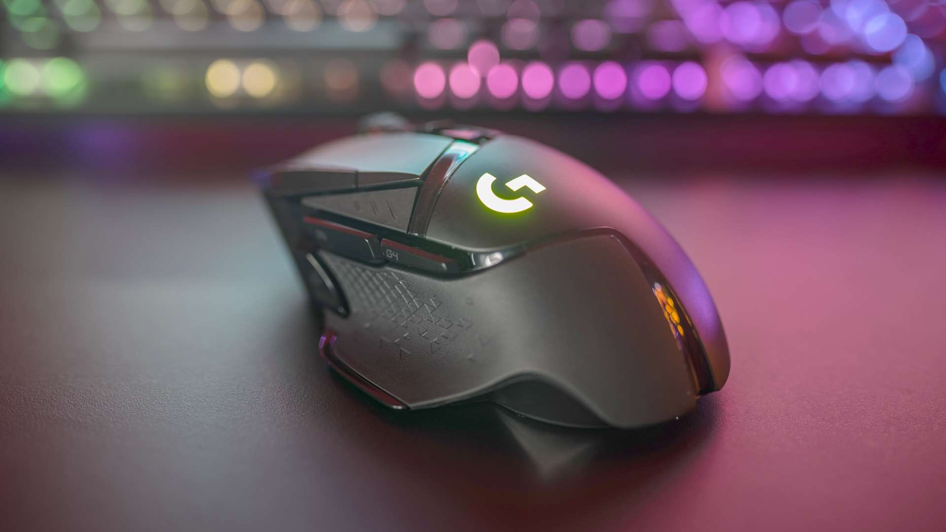 Logitech G502 Lightspeed review: a gaming mouse for the ages