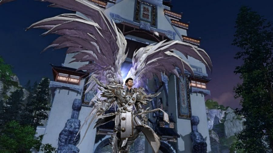 A man with huge angel wings in one of the best free PC games, Revelation Online