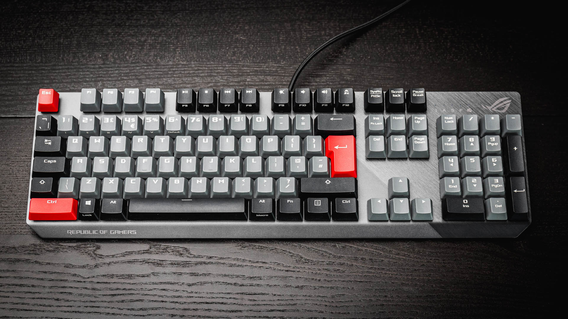 Asus Rog Strix Scope Pbt Review A Gaming Keyboard Built To Last Pcgamesn