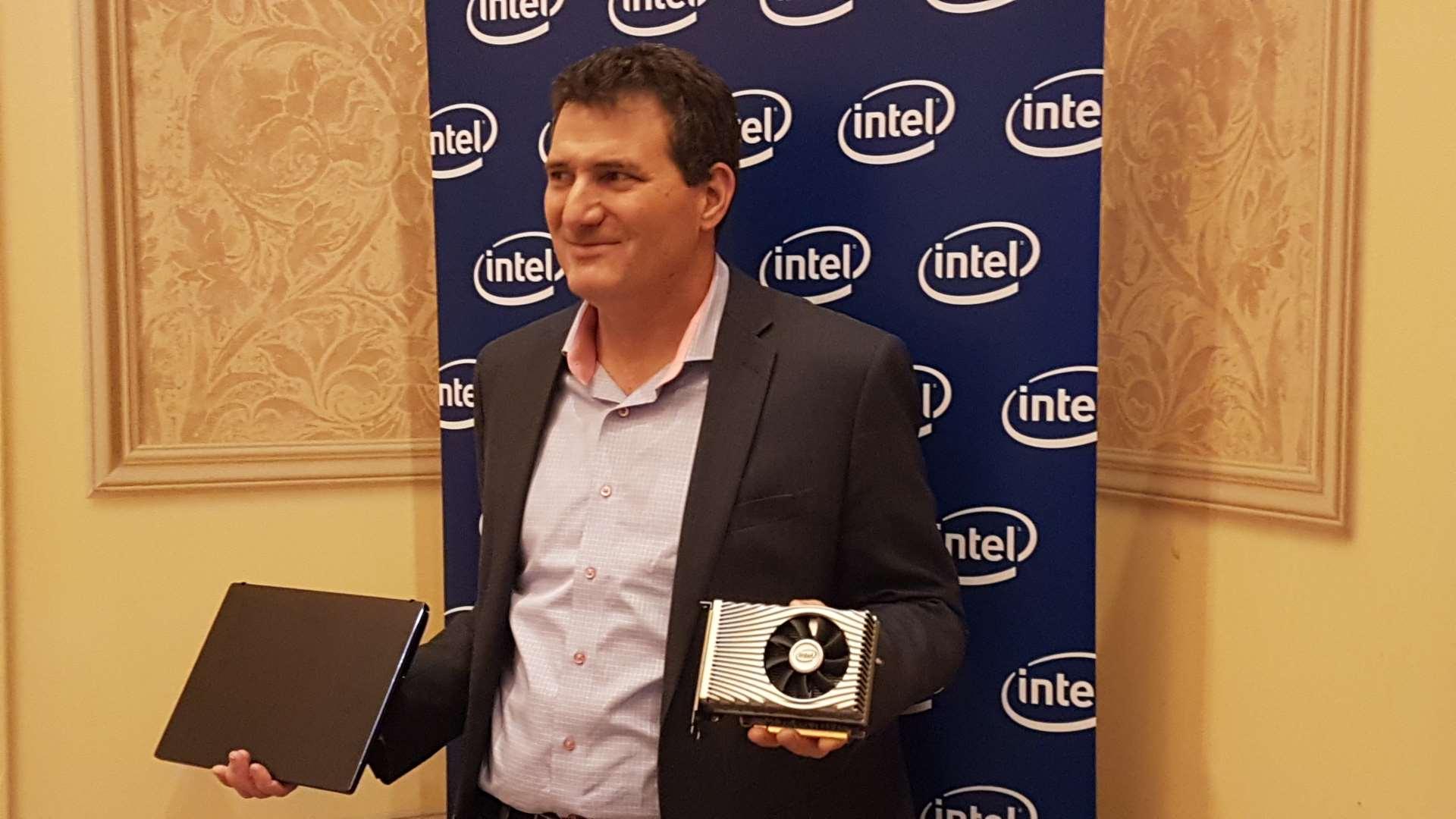 Intel muestra la tarjeta gráfica basada en Intel Xe DG1 para ofrecerla a los desarrolladores 2