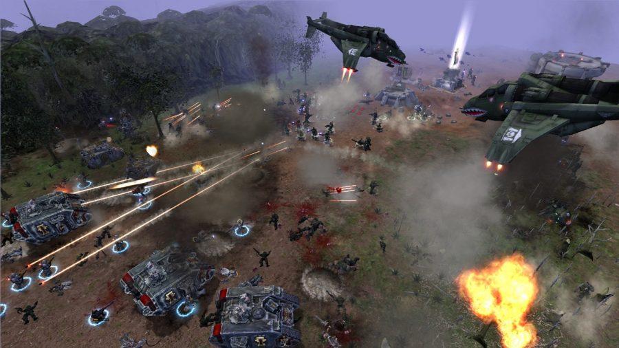 Космические десантники атакуют врага