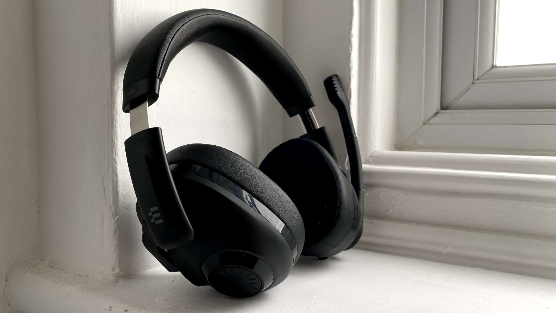 EPOS H3 gaming headset review – lightweight listening