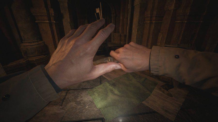 В этом моде Resident Evil Village были восстановлены пальцы Итана на левой руке.