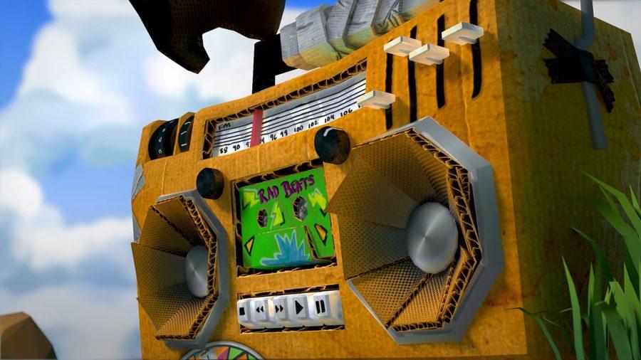 A yellow Roblox boombox made of cardboard
