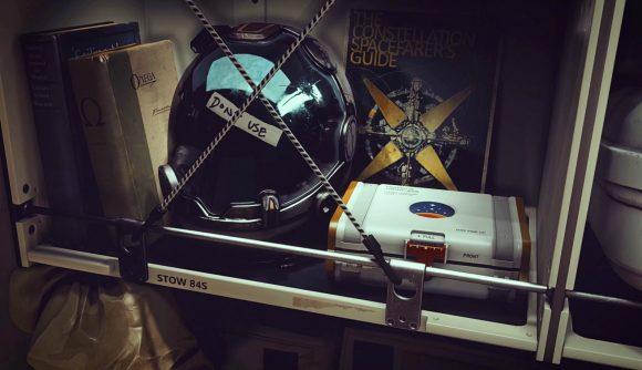 Someone's belongings on a spaceship in Starfield