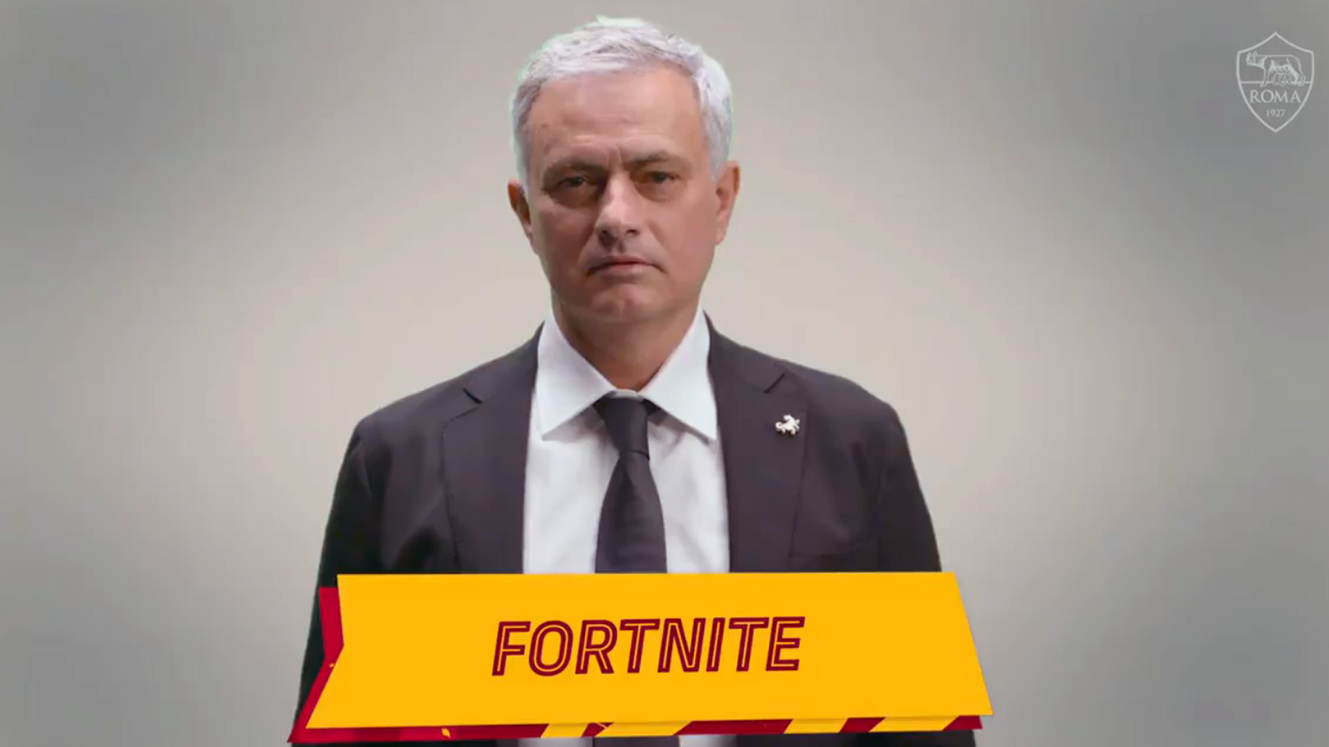 José Mourinho blames Fortnite for keeping his players up all night