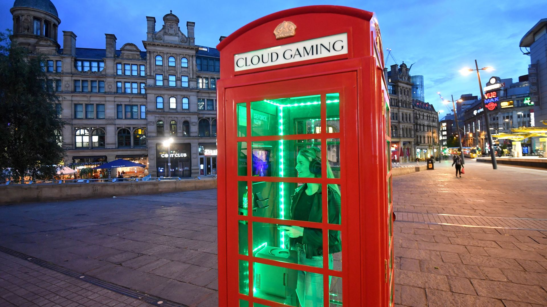Nvidia just put an RTX 3080 in a retro phone box using GeForce Now