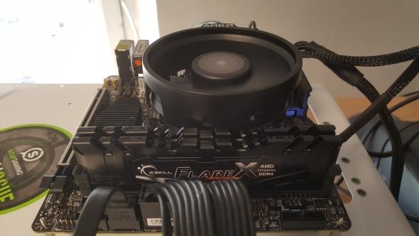 AMD Ryzen 5 2400G platform