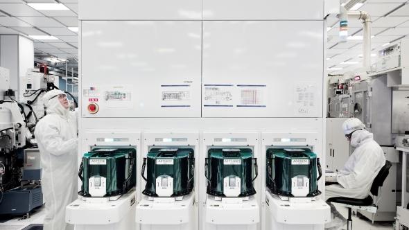 IBM 5nm Wafer Testing