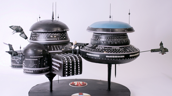 EVE Online immortalised in cake form