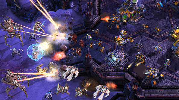 It's a Starcraft II custom map free-for-all