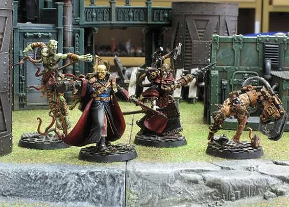 Figurines and terrain like these are typical of how Inquisitor was sold